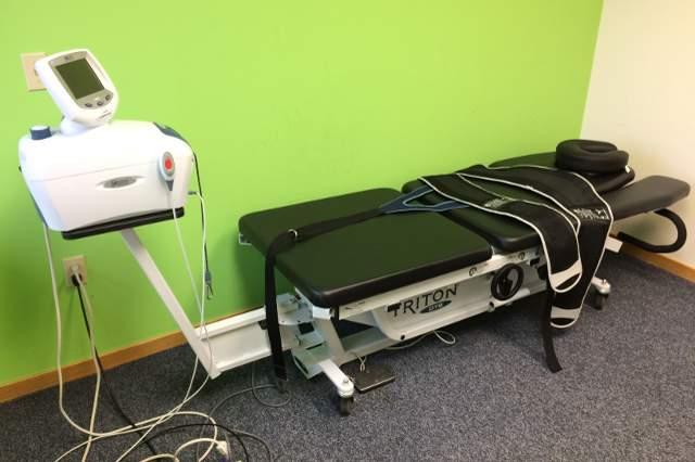 lower-back-pain-adjustment-american-chiropractic-grand-rapids